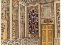 Интерьер богато отделанной летней комнаты-хонаи тобистони