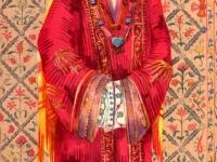 Старинный нарядный костюм бухарской молодой женщины