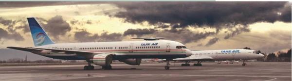 Boeing 757-200 и Ty-154M авиакомпании «Таджик Эйр» на перроне душанбинского аэропорта