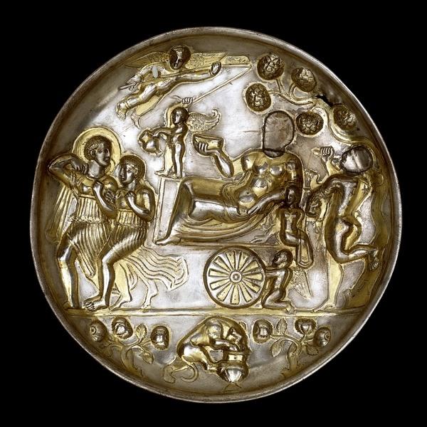 Амударьинский клад. Блюдо (серебро)