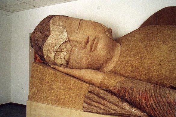 Будда в нирване. Аджина-тепе