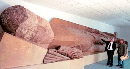 Религия Тохаристана в VI - начале VIII в. Будда в нирване. Аджина-тепе